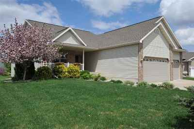 Sun Prairie Single Family Home For Sale: 2218 Corinth Dr