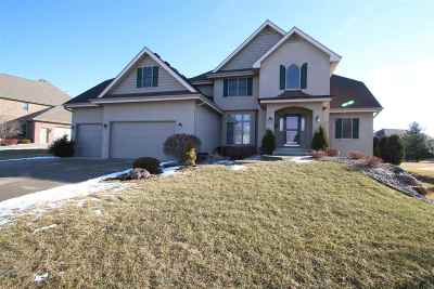 Madison Single Family Home For Sale: 1013 Winding Way