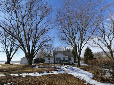 Green County Single Family Home For Sale: N3901 Hwy 104