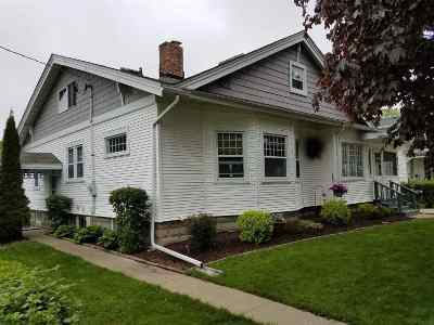 Lancaster WI Single Family Home For Sale: $169,900