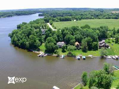 Sauk County Single Family Home For Sale: S1042 W Redstone Dr