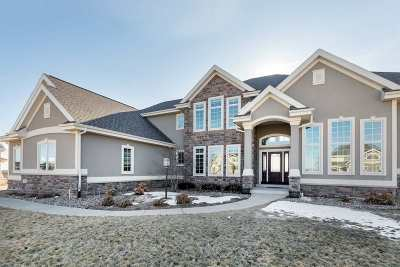 Oregon Single Family Home For Sale: 955 Carnoustie Way