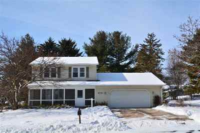 Middleton WI Single Family Home For Sale: $325,000