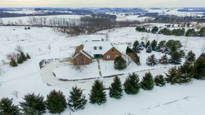 Green County Single Family Home For Sale: W5215 Highland Dr