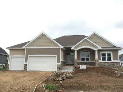Deforest Single Family Home For Sale: 7750 Stonecrop Way