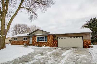 Waunakee Single Family Home For Sale: 206 Simon Crestway