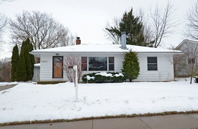 Madison WI Single Family Home For Sale: $290,000