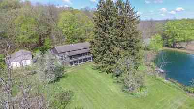 Green County Single Family Home For Sale: W3897 Gilbertson Rd