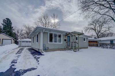 Monona Single Family Home For Sale: 5512 Schluter Rd