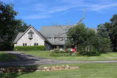 Stoughton Single Family Home For Sale: 1385 Lake Kegonsa Rd