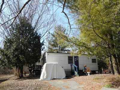 Edgerton Single Family Home For Sale: 432 Skyline Dr