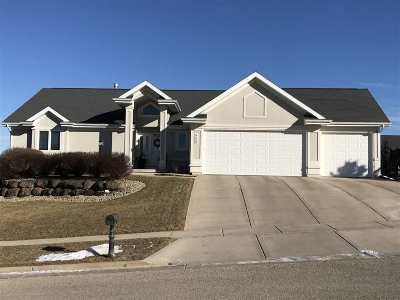 Oregon WI Single Family Home For Sale: $434,900