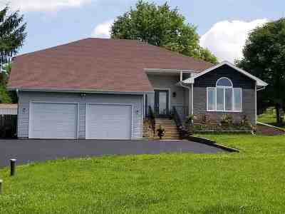 Cottage Grove WI Single Family Home For Sale: $399,900