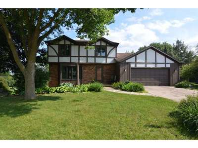 Middleton WI Single Family Home For Sale: $334,900