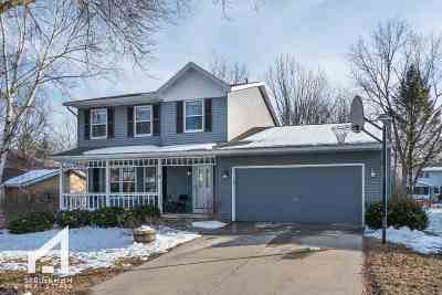 Madison Single Family Home For Sale: 9 Star Fire Ct