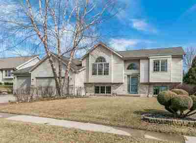 Waunakee Single Family Home For Sale: 1512 Regency Rdg