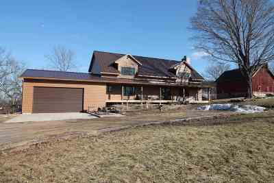 Rock County Single Family Home For Sale: 1832 W Walters Rd