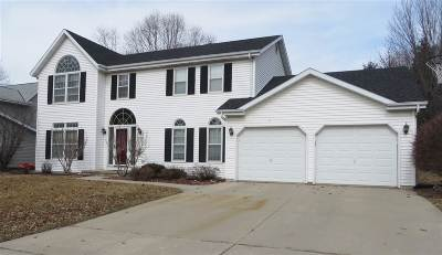 Janesville Single Family Home For Sale: 3235 Thames Ln