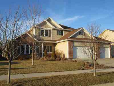 Walworth County Single Family Home For Sale: 274 E Lake View Dr