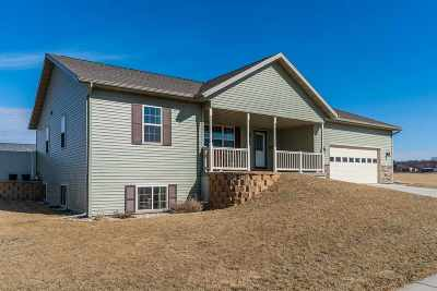 Sauk County Single Family Home For Sale: 1541 20th St