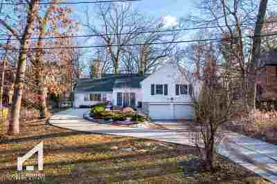 Madison Single Family Home For Sale: 3424 Crestwood Dr