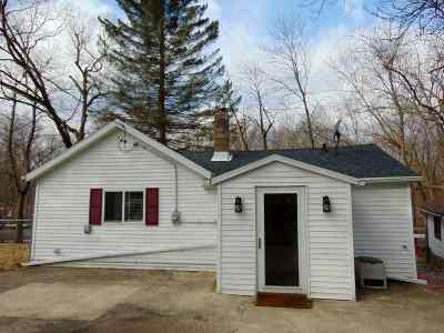Columbia County Single Family Home For Sale: N4579 Oak Knoll Rd
