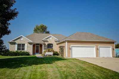 Jefferson County Single Family Home For Sale: N6809 Canter Ct