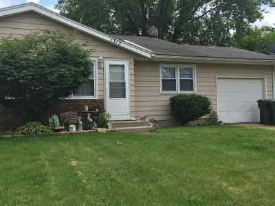 Sun Prairie Single Family Home For Sale: 1313 Buena Vista Dr