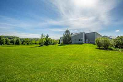 Green County Single Family Home For Sale: W5370 Spring Valley Rd