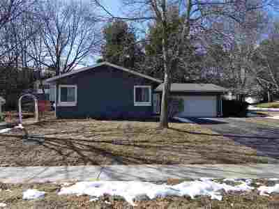 Madison WI Single Family Home For Sale: $238,500