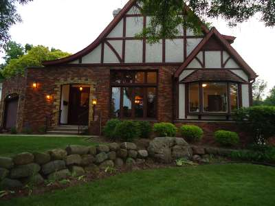 Madison Single Family Home For Sale: 1102 Woodland Way