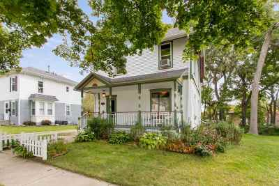 Walworth County Single Family Home For Sale: 325 S Cottage St