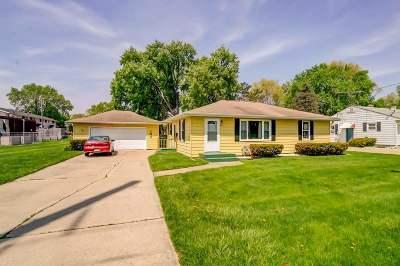 Sun Prairie Single Family Home For Sale: 534 N Bird St