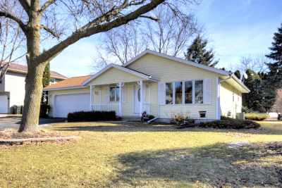 Sun Prairie Single Family Home For Sale: 621 S Walker Way