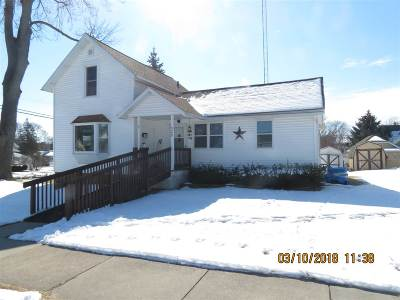 Sauk County Single Family Home For Sale: 528 4th St