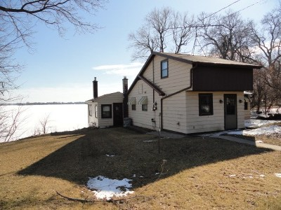 Dodge County Single Family Home For Sale: W10523 Blackhawk Tr