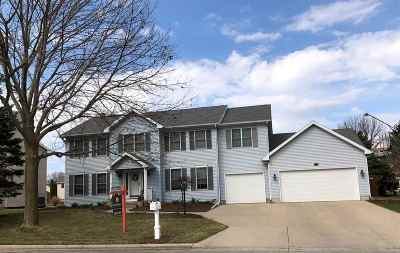 Sun Prairie Single Family Home For Sale: 1834 Wallinford Dr