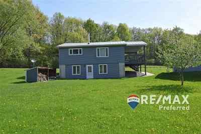 Sauk County Single Family Home For Sale: S733 E Redstone Dr