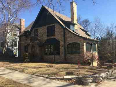 Madison Single Family Home For Sale: 201 Lathrop St