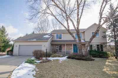 Madison Single Family Home For Sale: 14 Norwalk Cir
