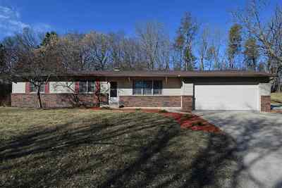 Sauk County Single Family Home For Sale: 1415 Inverness Ct