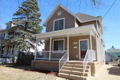 Beloit Single Family Home For Sale: 955 9th St