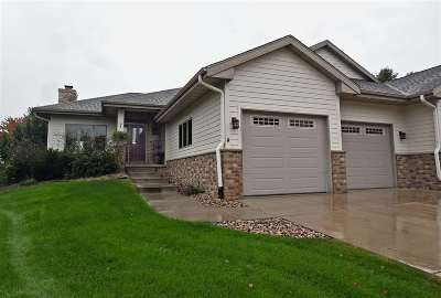 Prairie Du Sac WI Condo/Townhouse For Sale: $419,000