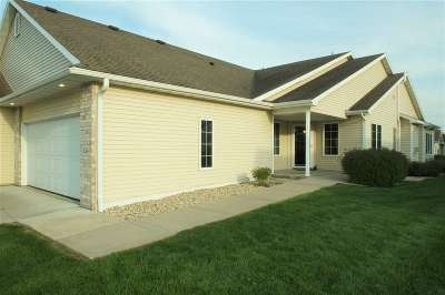 Deforest WI Condo/Townhouse For Sale: $280,000