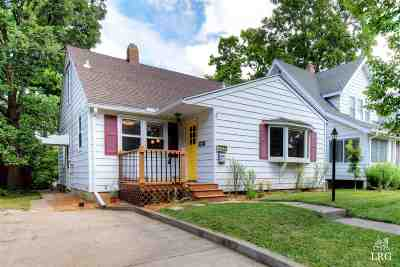 Madison Single Family Home For Sale: 2850 Barlow St
