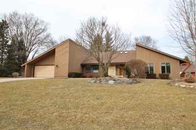 Fitchburg WI Single Family Home For Sale: $440,000
