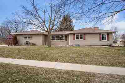 Middleton Single Family Home For Sale: 6603 Elmwood Ave
