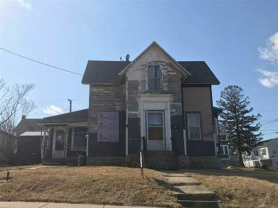 Single Family Home Sold: 132 N Adams St