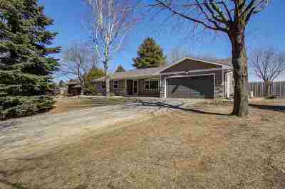 Waunakee Single Family Home For Sale: 5026 Hardy Tr