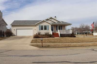 Green County Single Family Home For Sale: 1139 2nd North St